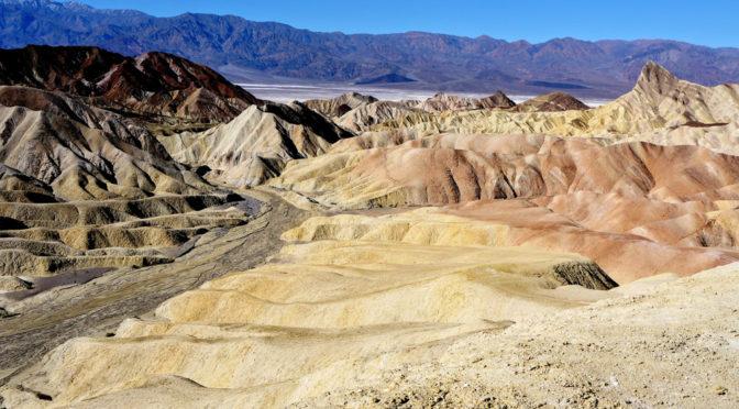 10. února – Údolí smrti (Death Valley)