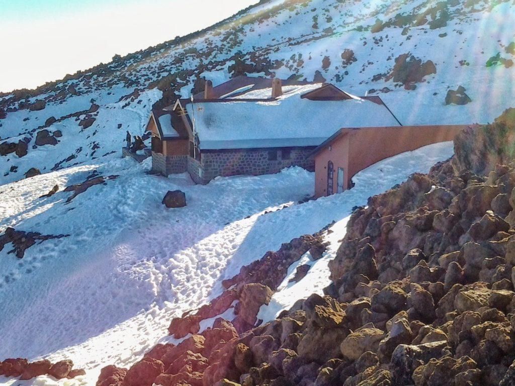 Horský chata Refugio Altavista, v okolí sníh
