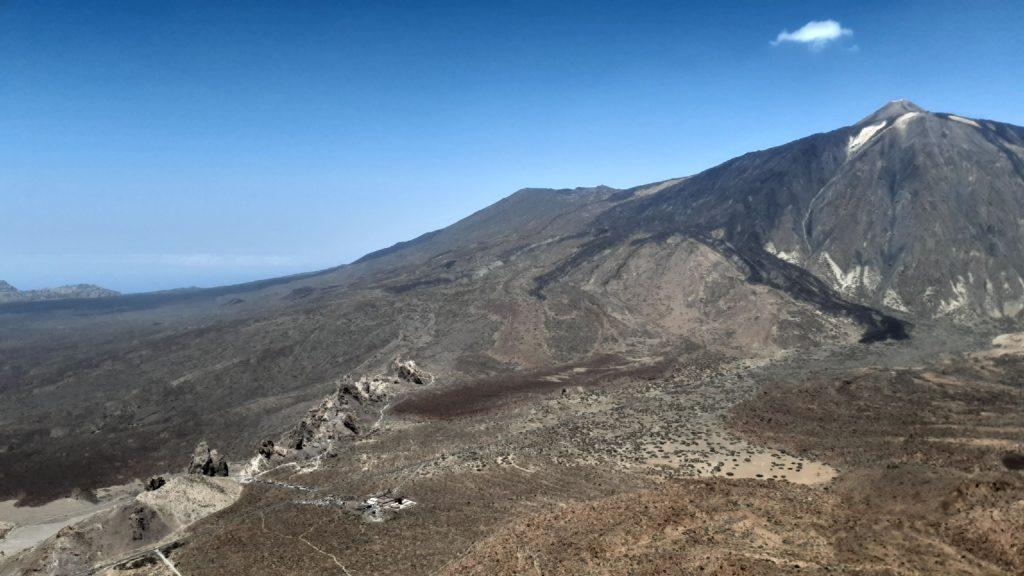 Hora Pico del Teide, vrchol, skály na úpatí